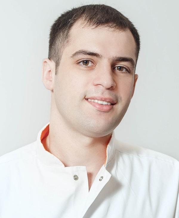 Максим Константинов.jpg