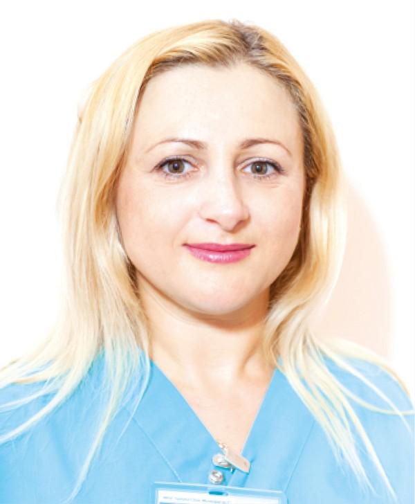 Каролина Калугаряну.jpg