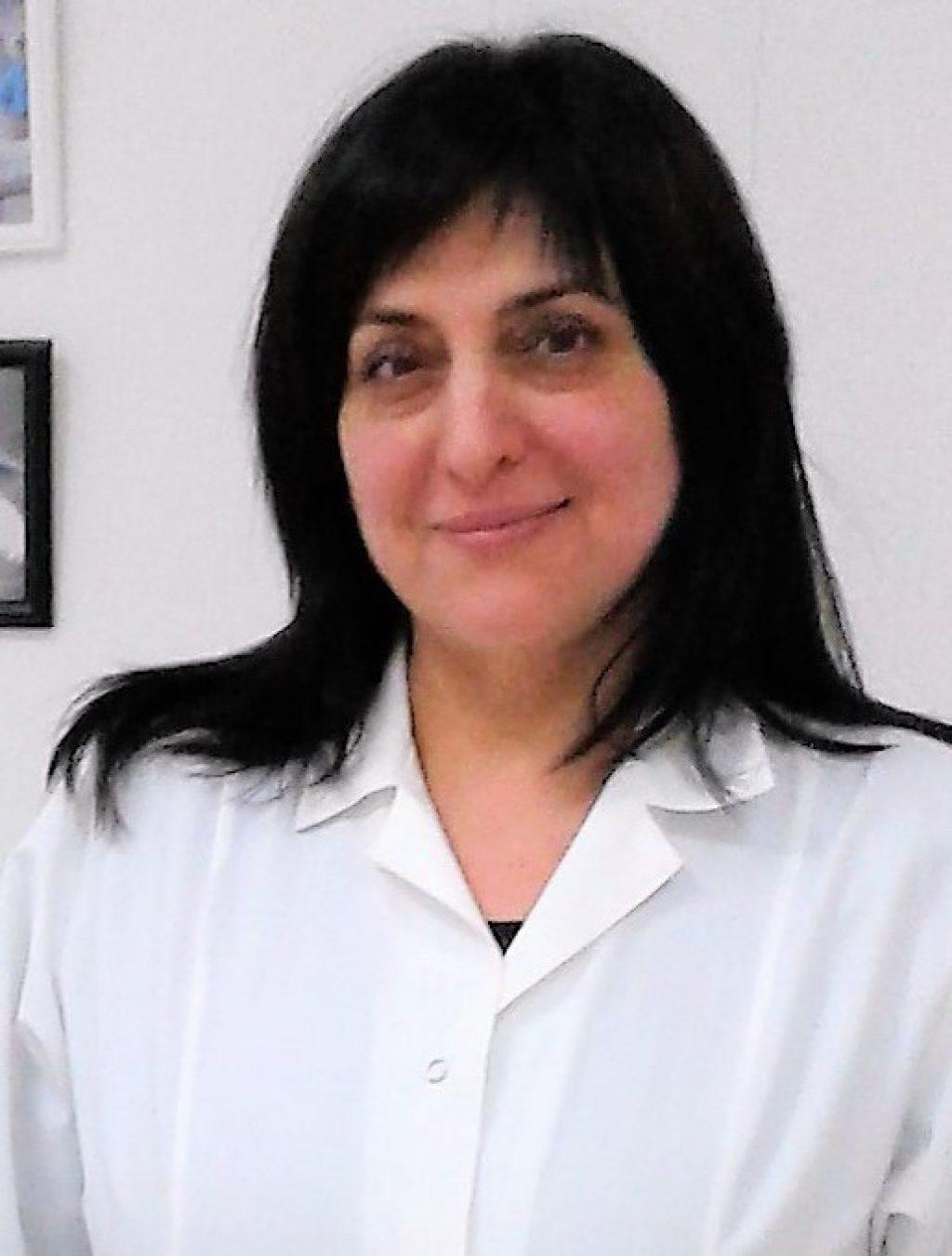 Cardiolog Angela Tcaiuc.jpg