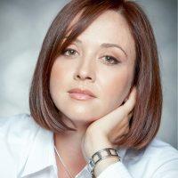 Irina Apostolov.jpg
