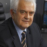 Профессор Адриан Тэнасе