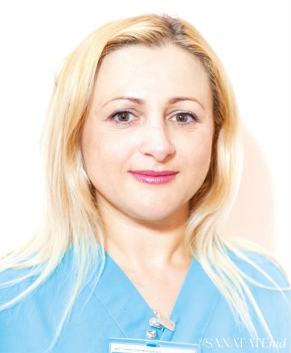 Каролина Калугаряну