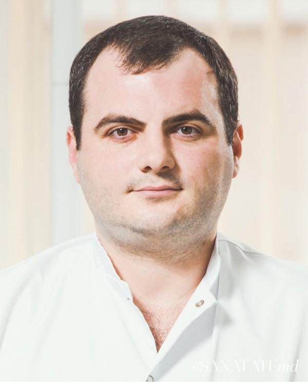 Андриан Паулеску
