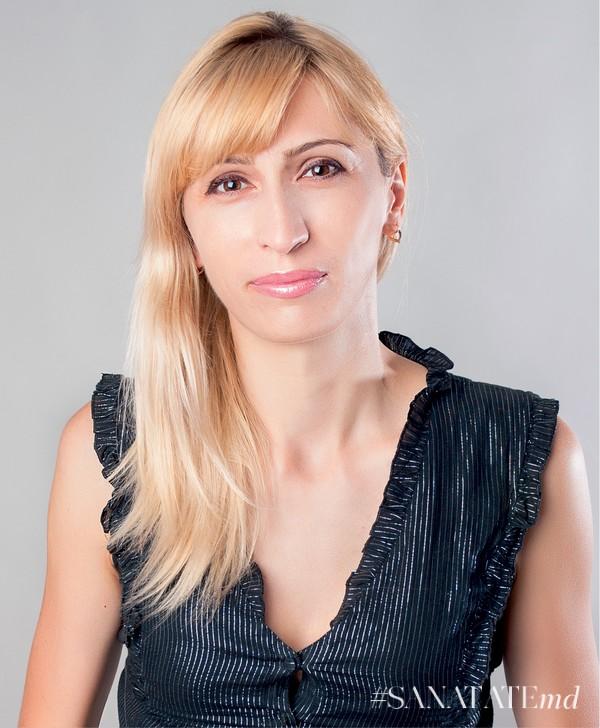 Алена Златов