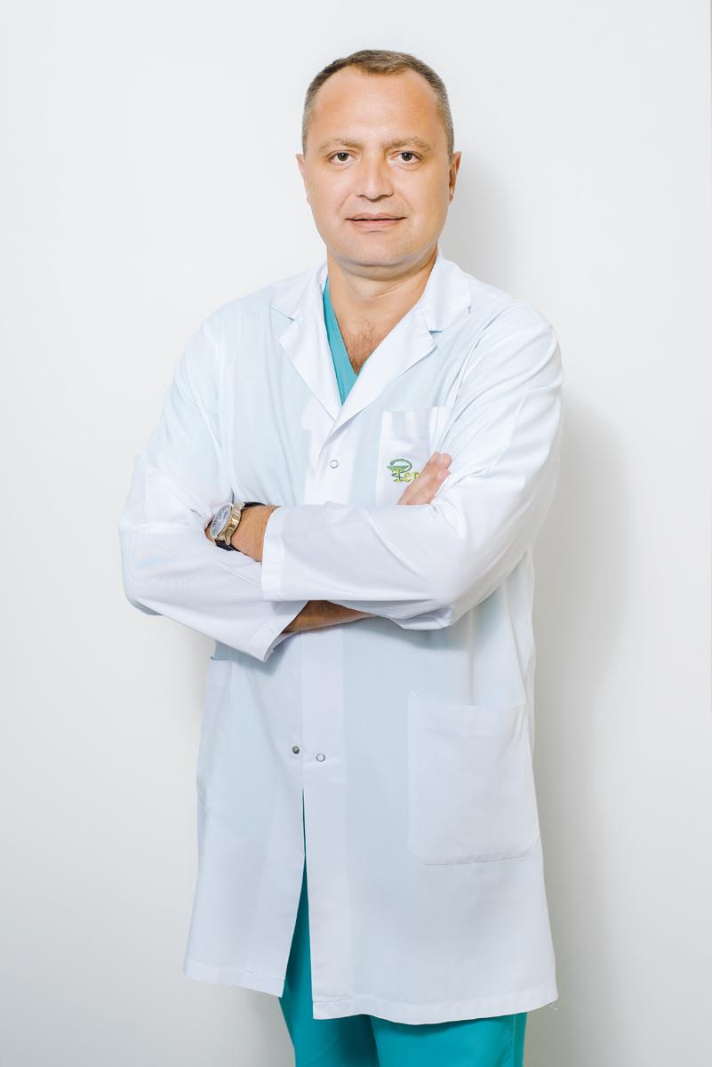 Сергей Молошник, ортопед-травматолог, клиника TerraMed