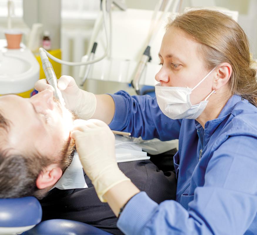 Caracas Dental : Какой материал выбрать при установке виниров?