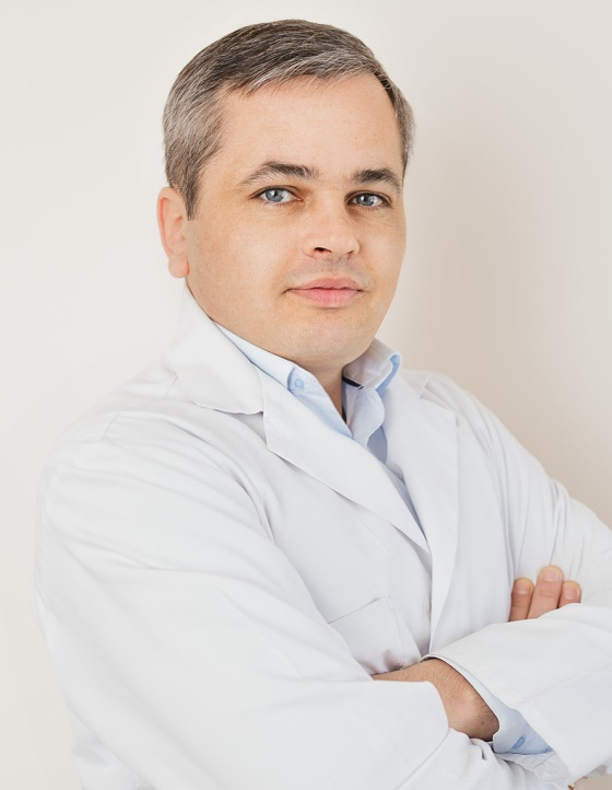 директор Центра неврологии и нейрореабилитации NeuroKos Константин Бучацкий