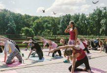 Тренировка на свежем воздухе с Машей Вихрь!