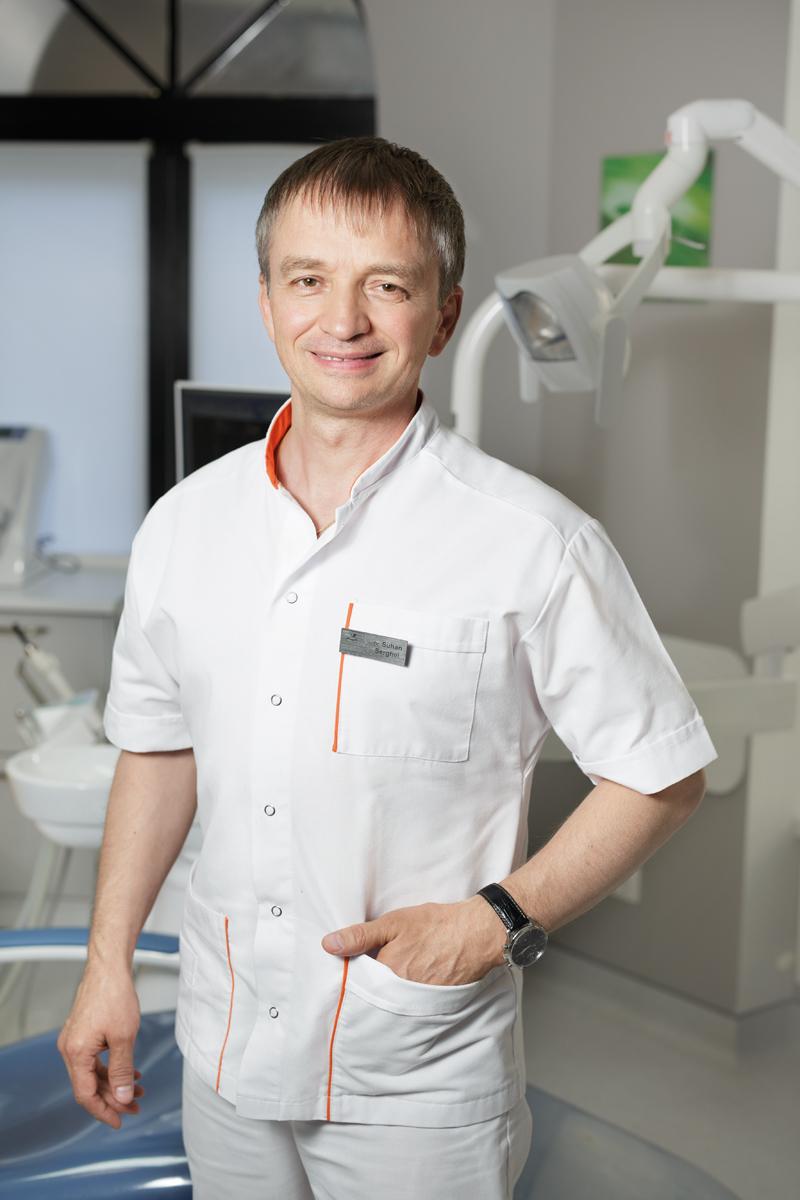 Сергей Сухан, главный врач и директор Denta Vita