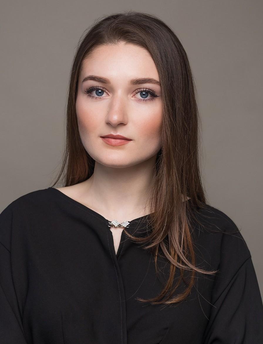 Beauty-блогер Dinca