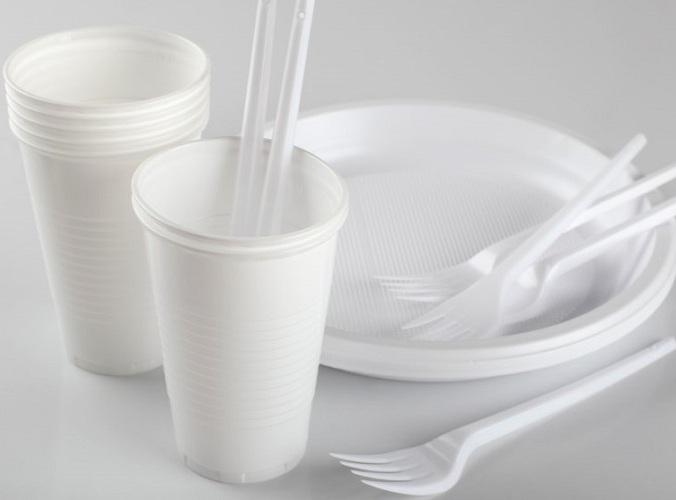 запрет на использование пластиковой посуды