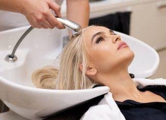 Даниела Чокану идеальный блонда в Aquaterra Beauty Salon